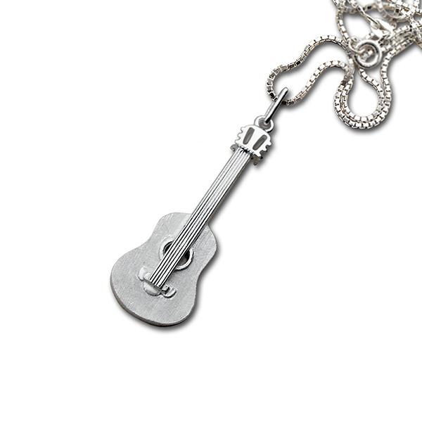 1044_akustisk_gitar_anh